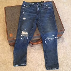 GAP destroyed fashion jeans